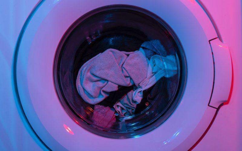 Czy koszule można suszyć w suszarce?
